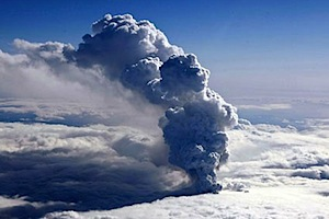 volcano-ash-cloud-photo.jpg